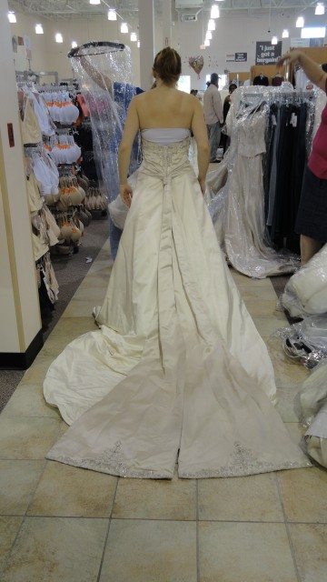 But the really interesting part was the back of the dress.  The monk sash was seriously cathedral length.