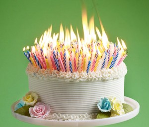 happy_birthday_cake_and_candles_pictures