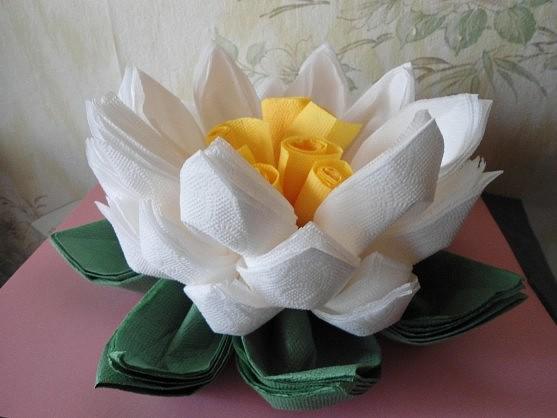 Цветок лотоса из салфеток своими руками
