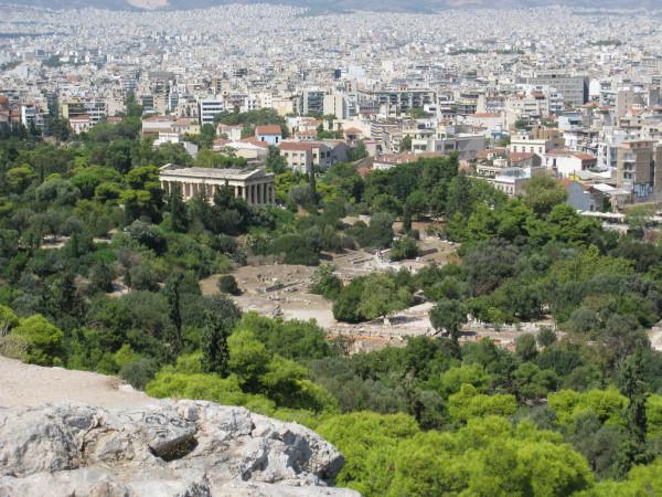 Вид с Ареопага на Греческую Агору и храм Гефеста