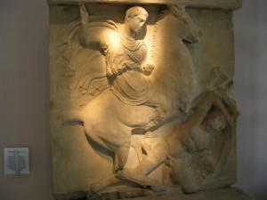 Надгробие Дексилея в Музее Керамикос