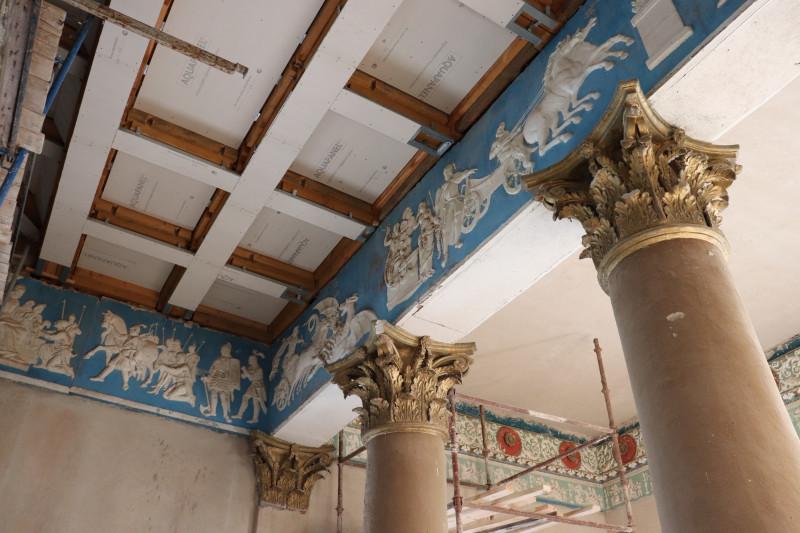 Реставрация дворца Булгаков в Жиличах