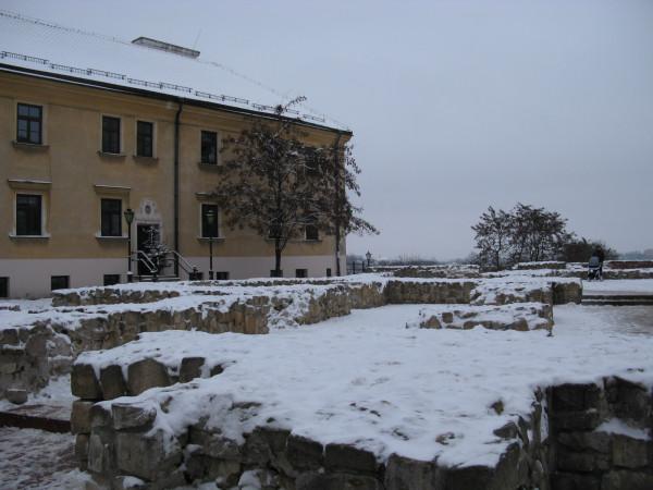 Руины костела святого Архангела Михаила