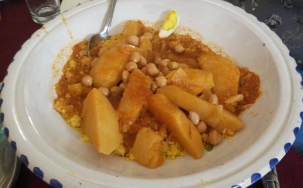 Традиционное блюдо жителей Северной Африки и Сахары