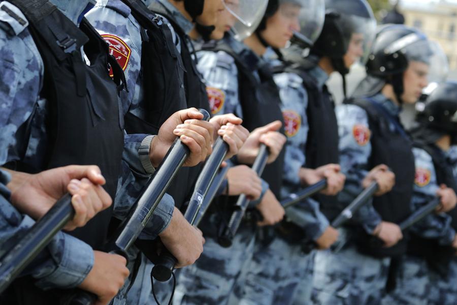 Росгвардии в России нет: называйте правильно тех, кто разгоняет митинги
