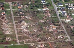 pb-110428-tornado-jb-03.photoblog900