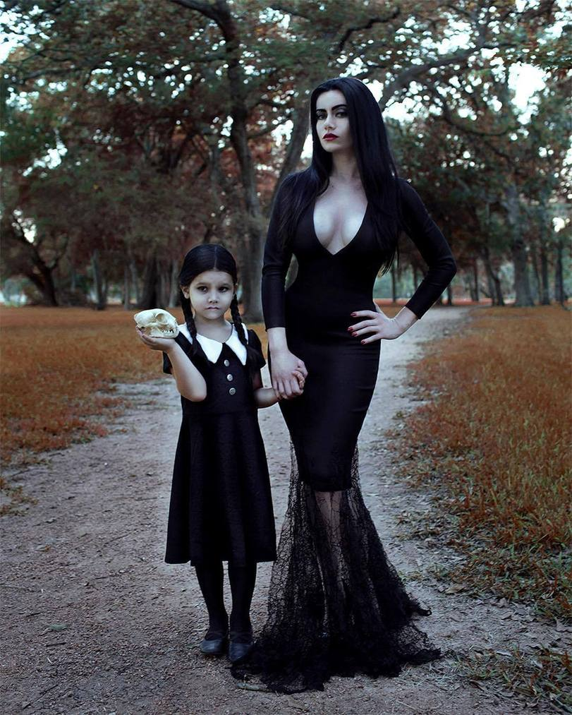 The-Addams-Family-cosplay-Семейка-Аддамс-Morticia-Addams-3928668