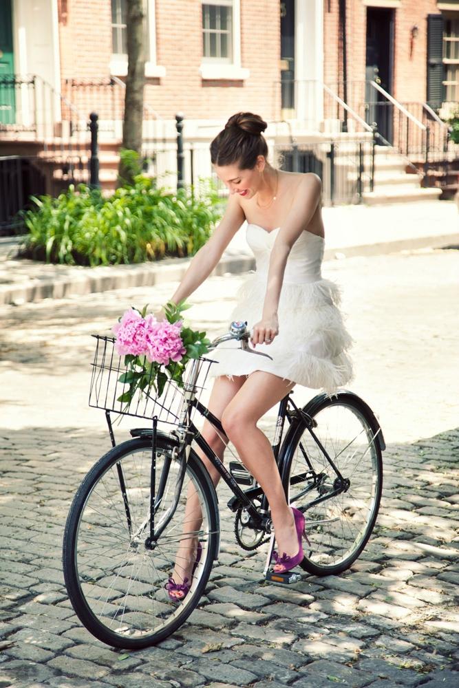 В Белом Платье Едешь