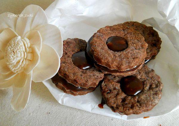 biscotti con caramello.
