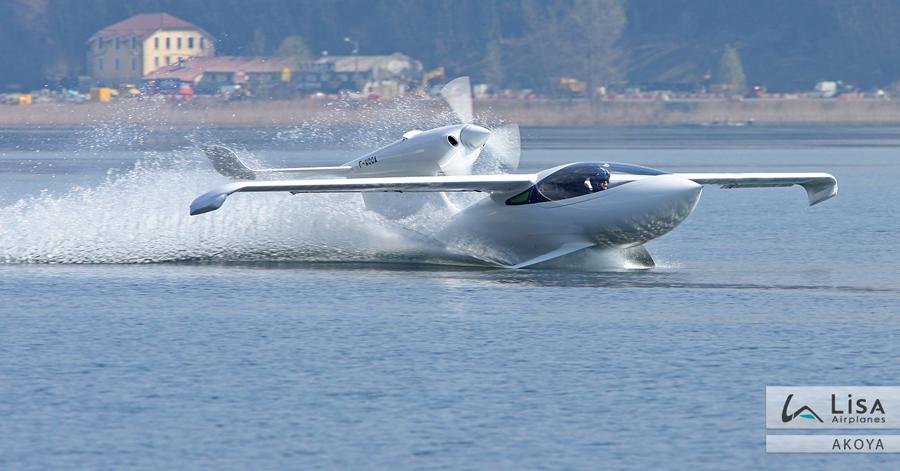 akoya-amphibie-decollage
