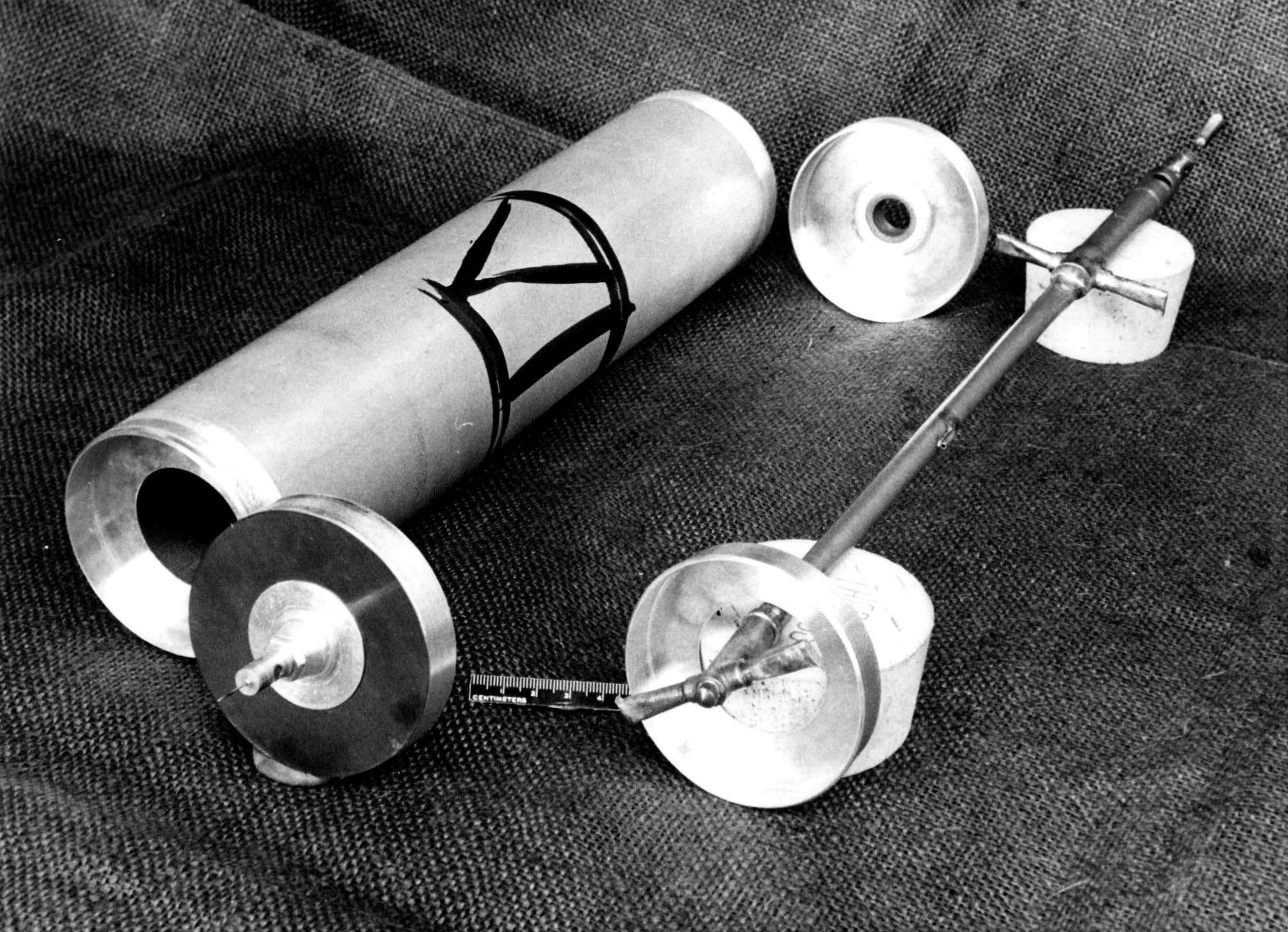 1959-Zippe-centrifuge-disassembled